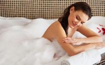 夏天洗澡多洗5个部位 夏天怎么洗澡健康养生