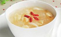 秋天吃银耳莲子汤好吗 秋天吃银耳莲子汤会怎么样