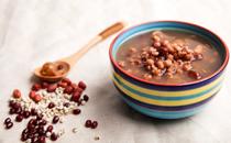 红豆薏米放红糖好吗 红豆薏米加红糖的功效与作用