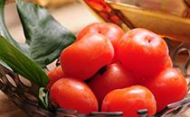 柿子里面的黑点是什么能吃吗 柿子里面的软籽能吃吗