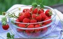 草莓不能和什么一起吃 吃草莓的宜忌人群
