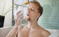 男性洗澡需知 正确洗澡有利于健康