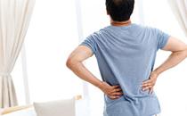 男人腰酸背痛是什么原因引起的 男人腰酸背痛是肾虚吗吃什么