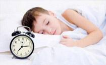 小孩子冬天起床起不来怎么办 冬天小孩赖床怎么办