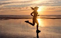 晨跑减肥还是夜跑减肥 晨跑和夜跑哪个更减肥
