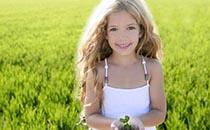 女孩性早熟的特征有哪些 女孩性早熟的危害