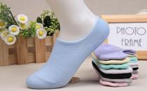 船袜老是往下掉怎么办 船袜怎么穿不会掉